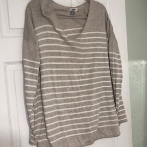 Light weight striped sweater